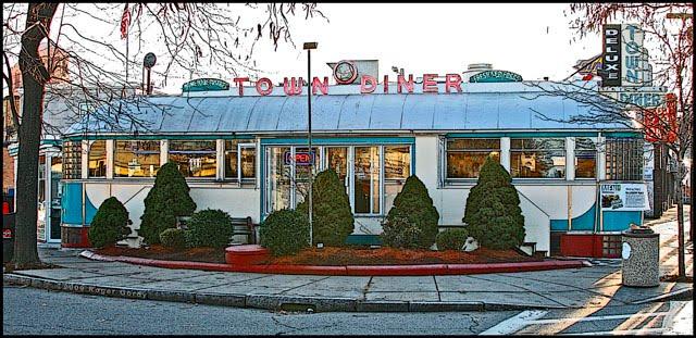 Deluxe Town Diner