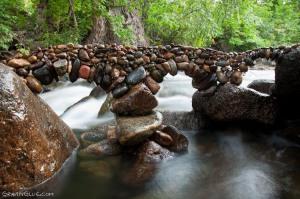 The-Mindblowing-Art-of-Rock-Balancing-by-Michael-Grab_05-@-GenCept (1)