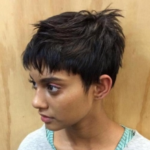 20-choppy-pixie-for-thick-hair
